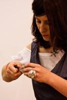 sarma argintata bijuterii handmade inel argintat opalit bratara argintata targ de bijuterie contemporana