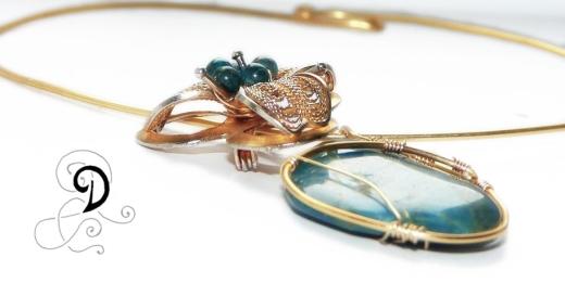 colier aurit bijuterii handmade jewelry gold plated necklace pandantiv placat cu aur apatit turcoaz semipretioase turquoise
