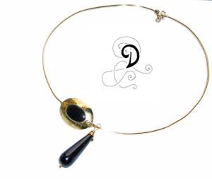 colier aurit bijuterii handmade jewelry gold plated necklace pandantiv placat cu aur onix lacrima pietre semipretioase negru